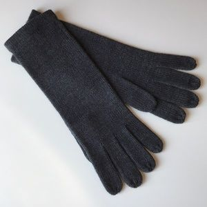 The Limited Knit Gloves